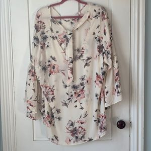 Rose & Olive Plus Size Long Sleeve Floral Blouse
